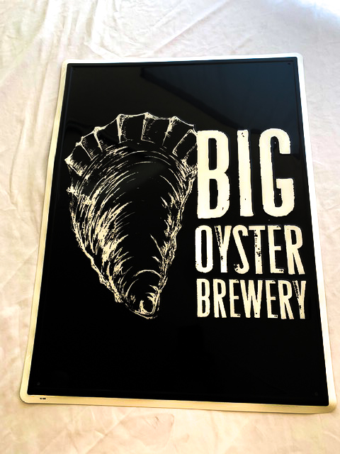 Big Oyster Tin Tacker